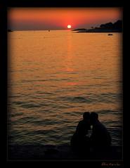 """Noi"" (B.i.n.a) Tags: sunset people love water landscape see kiss tramonto mare we acqua atmosfera croazia cuore amore paesaggio bacio noi magia atmophere"