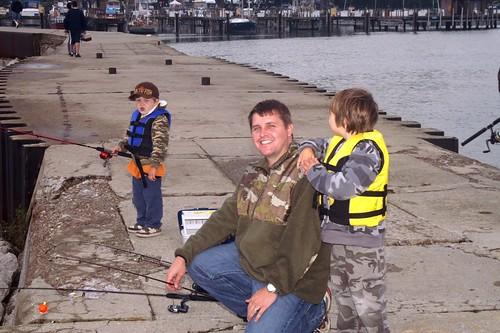 su9-26-09familyfishing