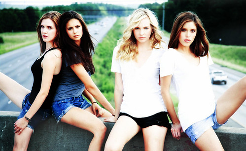 The Vampire Diaries Girls //
