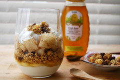 fall parfait (sevenworlds16) Tags: fall pumpkin greek pears spice honey yogurt granola flavors parfait cinamon