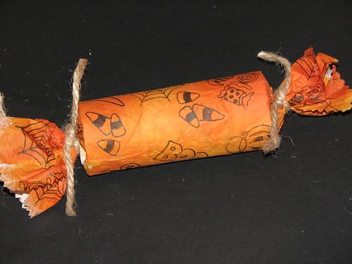 halloween cracker 011