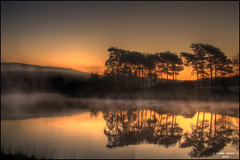 Knapps Dawn (CU-Photography) Tags: trees mist reflection water sunrise scotland hills craig loch usher hdr kilmacolm knapps inverclyde eos450d