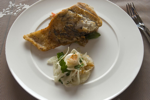 Barramundi with fennel and prawn salad
