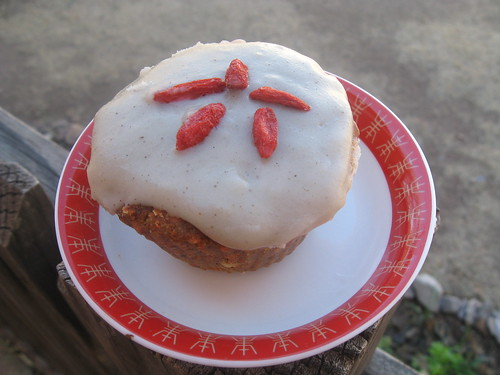 Raw, Gluten-Free Carrot Cupcake