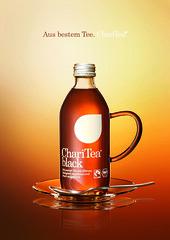 A4_ANZEIGEN.indd (Trinkenhilft) Tags: advertising design bottle drink good hamburg beverage trinken tee flasche fairtrade hilft lemonaid gerecht sozial charitea nachhaltig goodvertising