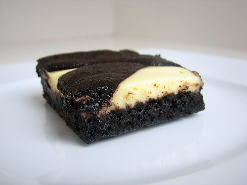 Black and White Cheesecake Bars