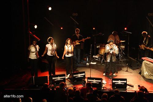 Naomie Shelton & Gospel Queens - Transmusicales 2009