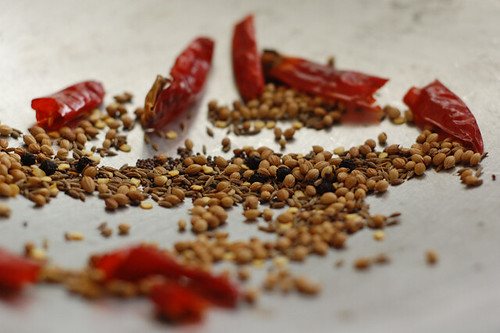Roasting spices
