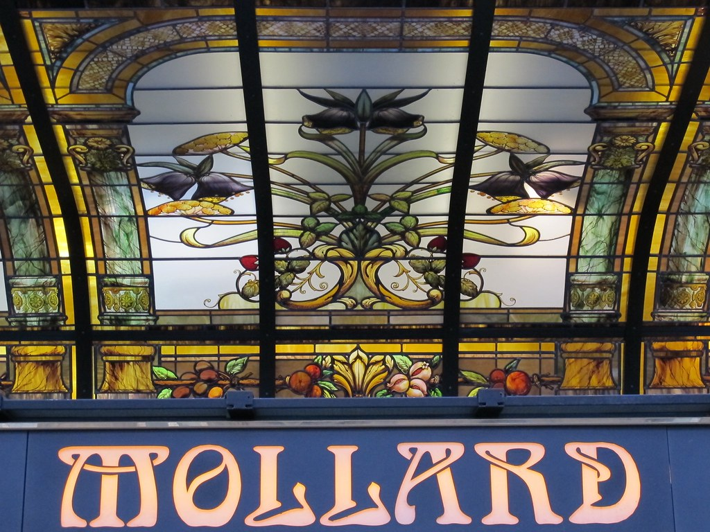 The world 39 s best photos of mollard and paris flickr hive mind - Restaurant saint lazare paris ...