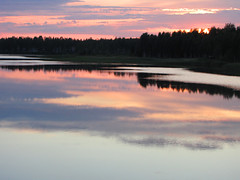 Summer night (Vaeltaja) Tags: pink sunset summer lake reflection nature water june night suomi finland landscape scenery view oulu maisema vesi kes luonto y auringonlasku heijastus keskuu kuivasjrvi mywinners vaaleanpunainen platinumphoto ultimateshot theunforgettablepictures vanagram