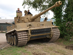 Tiger 131 (Megashorts) Tags: uk outside army moving war tank military tiger wwii olympus german armor dorset ww2 vehicle e3 fighting armour armored zuiko 2009 axis vi tankmuseum panzer 131 181 armoured zd tigeri sdkfz 1122mm bovingtontankmuseum pzkpfw tiger1 tankfest panzerkampfwagen ausfe tankfest2009 tigerausfe bovingtonmuseum