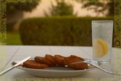 Summertime dinner / Nyri vacsi (bOOmslang_) Tags: water glass dinner table nikon d70 knife fork villa lime courgette roasted vacsora asztal afs1870 ks vz citrom