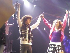 BOBWtour-14 (Nileypictures) Tags: party us holding hands tour with singing nick best we worlds both got cyrus jonas miley niley