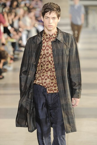 Grayson Vaughan308_SS10_Paris_Dries Van Noten(mh)