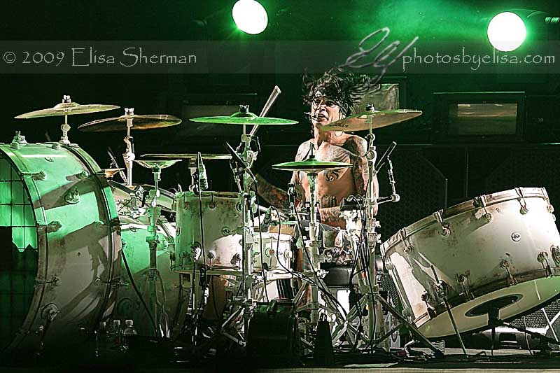 Motley Crue - Crue Fest 2 - photos by Elisa Sherman