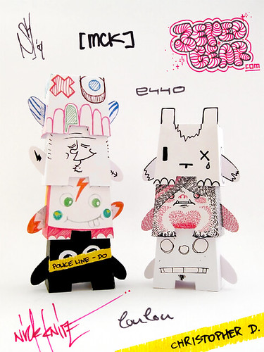 One-Off Paper Totem! - Urban Paper NL by Dolly Oblong.