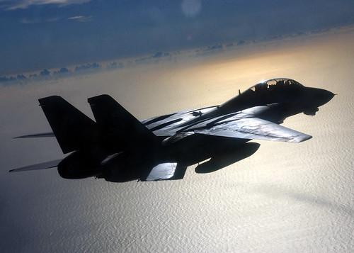 フリー画像| 航空機/飛行機| 軍用機| 戦闘機| F-14 トムキャット| F-14B Tomcat|      フリー素材|