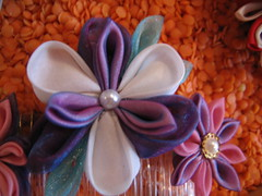 Portobello-Sept09 025 (Sarcasm-hime) Tags: flowers toronto japan magpie barrette tsumami hairclip kanzashi portobelloeast
