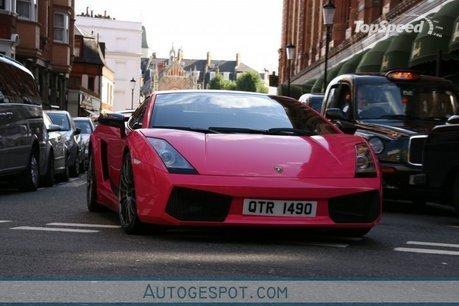 pink-lamborghini-gal_460x0w