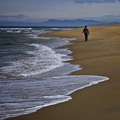 I will walk with you to eternity (Ian@NZFlickr) Tags: beach walking bravo east nz otago aotearoa flickrsbest infinestyle thesuperbmasterpiece