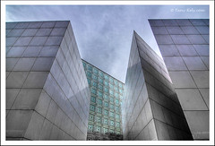 Carrs (tany_kely) Tags: world paris france building architecture digital canon eos jean squares sharp institute arab arabe monde institut hdr ima immeuble pointes nouvel carrs 450d rebelxsi