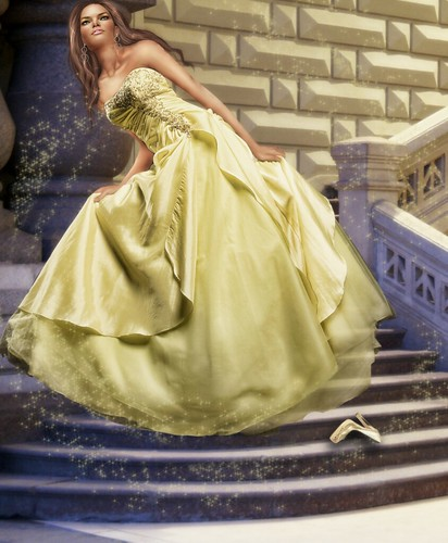 Cinderella But Yellow XD by ®۰۪۫٭۪۫۰·٠•●ҳ̸Ҳ iۣۜ๘ĘΜŎ¯ .