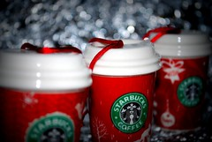 09.12 Commercial Christmas (Lorna J Stewart) Tags: christmas red coffee december advent bokeh starbucks christmasdecorations tacky redcups commercialchristmas hpad