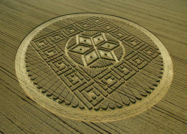 crop_circle_050813_oxfordshire_woolstone_hill_