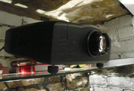 Ally PTV-01B Projector