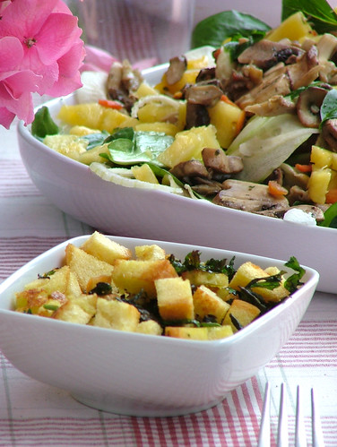 mushroom and pineapple salad with toasted parsley and bread crumbs- insalata di funghi e ananas con prezzemolo e crostini di pane tostato