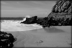 Bretagne - La mduse- (kate053(absente)) Tags: bw mer bretagne vagues cume mduse the4elements