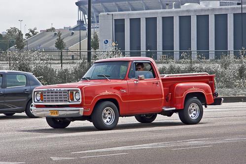 Dodge D100 Warlock Custom 150 Stepside Pick-Up Truck 1977 (9313)