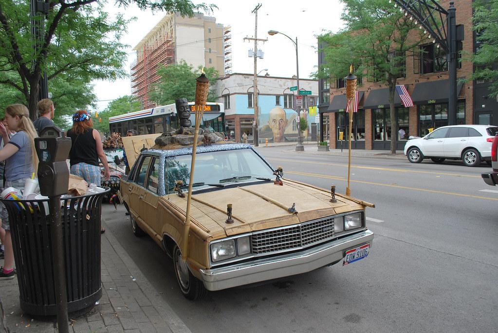 Tiki Car