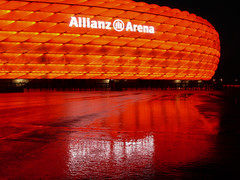 dahoam war's nix:-( (werner boehm *) Tags: germany munich mnchen bayern bavaria allianzarena colourartaward vanagram wernerbhm