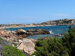 Vers le départ du sentier littoral des Bruzzi : les rochers