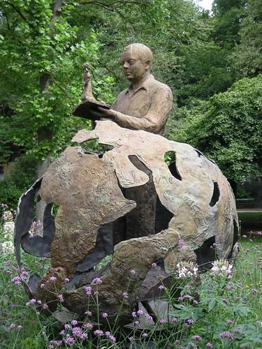 Antoine de Saint-Exupéry au Jardin Royal