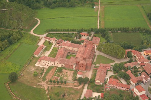 Morimondo village - The abbey