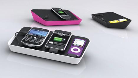 desktop-charging-station-2
