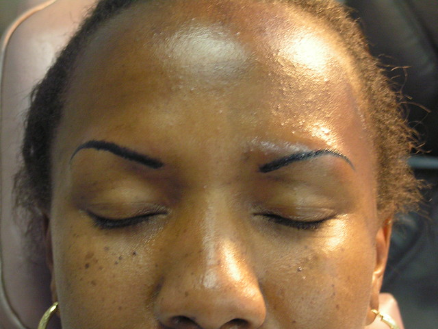 Henna Tattoo For Eyebrows: Fashion Female And Have Fun: Tattooed Eyebrows