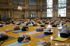 Yoga Mudra (rpgold) Tags: toronto yoga canon eos gold workshop 2009 sharath ashtanga ashtangayoga canonef24105mmf4lis canoneos5dmarkii 5dmarkii 5dmkii rachellepaul rpgold 5dmk2 5dmark2 rsharath
