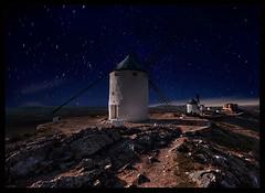 Molinos en la noche (Consuegra) (martin zalba) Tags: night stars star noche molino estrellas estrella molinos consuegra
