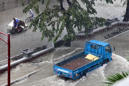 Manila flooding Sept 26, 2009 (by javajive)
