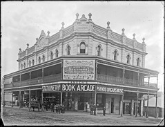 Old Municipal Chambers, Corner Hunter and Market Streets, Newcastle, NSW, [n.d.] (Cultural Collections, University of Newcastle) Tags: newcastle book australia nsw municipalbuilding marketst hunterst ralphsnowball snowballcollection ralphsnowballcollection stegga asgn0827b37 costeggalangers arcadelangerbook storestoreshopcarrington colthingr harrowell newcastleregionnswhistorypictorialworks photographynewsouthwalesnewcastle