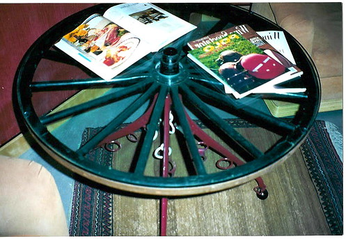 Wagon Wheel Western Art Iron Table