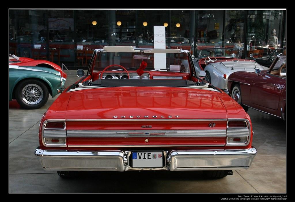 Vintage GM V8 2 Kohlenhydrate Aufnahme