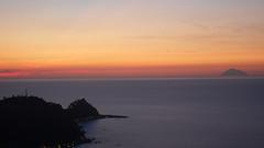 Promontorio di Capo d'Orlando al tramonto (Ange#27) Tags: sunset sea italy italia tramonto nuvole mare sicily sicilia eolie isola isole capodorlando