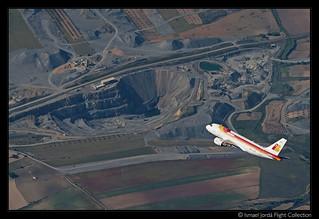 A319 EC-HKO sobre la Cantera de Almonacid de Toledo (2011)
