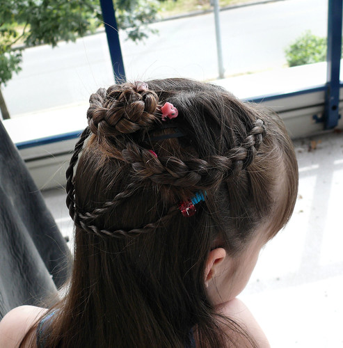 flower girl hairstyle. One more flower girl dress and