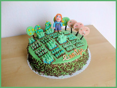 Facebook  FarmVille (semivi) Tags: pink red orange brown green girl cake happy head au farmville farmer facebook crme beurre chocolade amaretto marsefond semivi