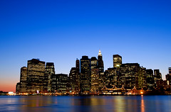 Manhattan Skyline, Lower Manhattan, New York, Etats-Unis 2009 (Baloulumix) Tags: pictures new york newyork art skyline landscape photography photo julien manhattan paisaje bleu lower  paysage nuit 2009  paesaggio       etatsunis         baloulumix   fourniol fournioljulien julienfourniol  picturesofmanhattannewyork